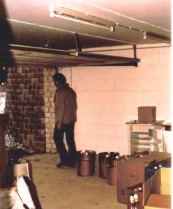 Finma - start - 1977 garage